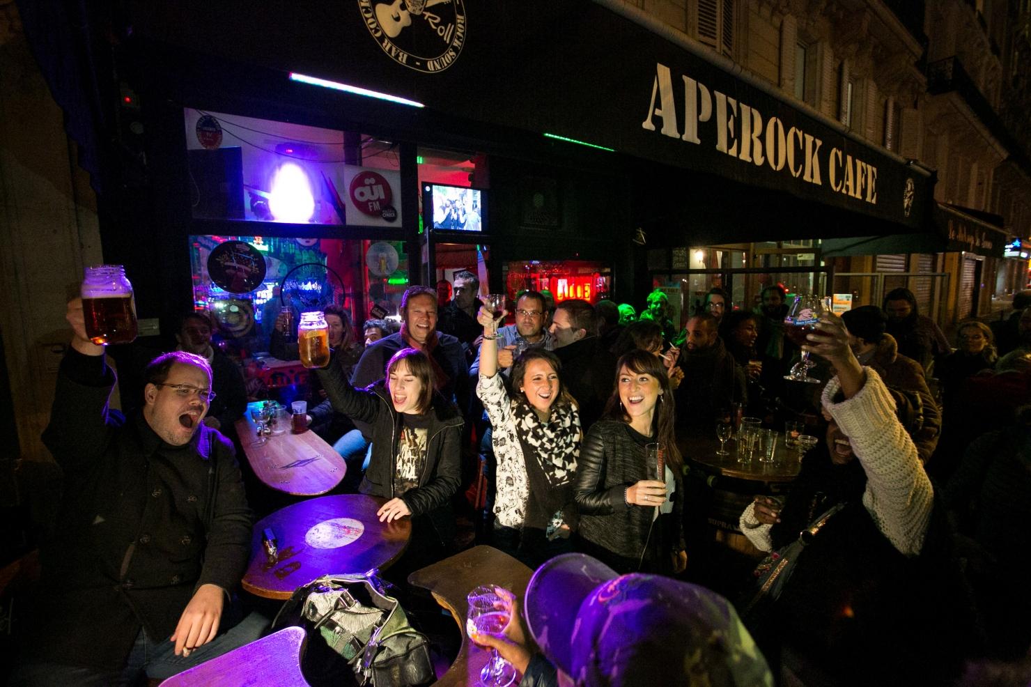 Parisul, la o săptămână după atentate