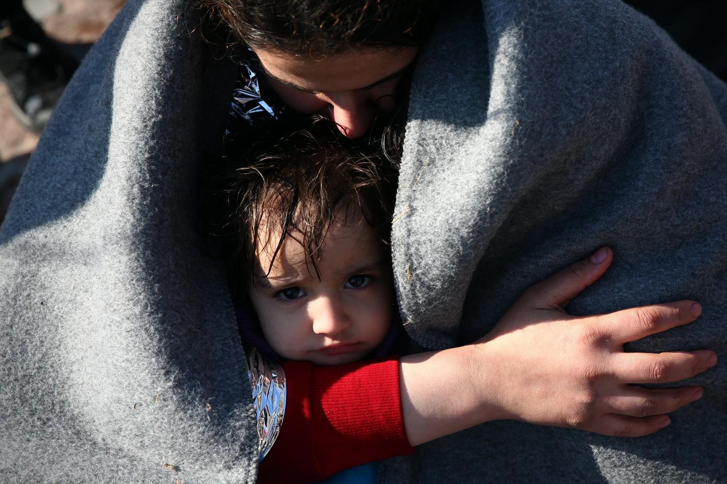 Refugiată ajunsă cu bine în Grecia