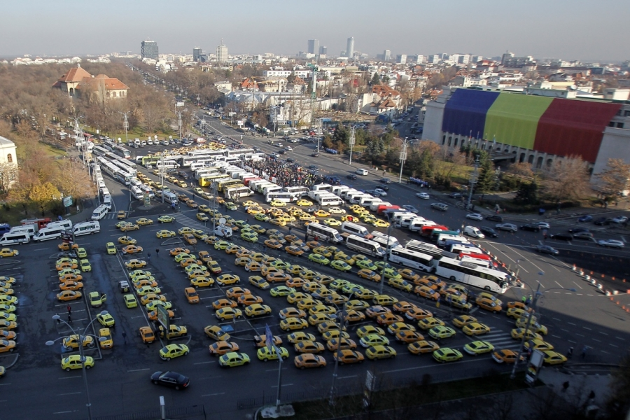 Transportatorii în Piața Victoriei