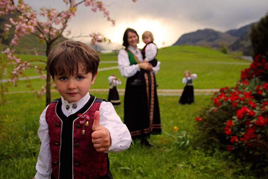 În numele copilului - totul despre povestea norvegiană a familie Bodnariu