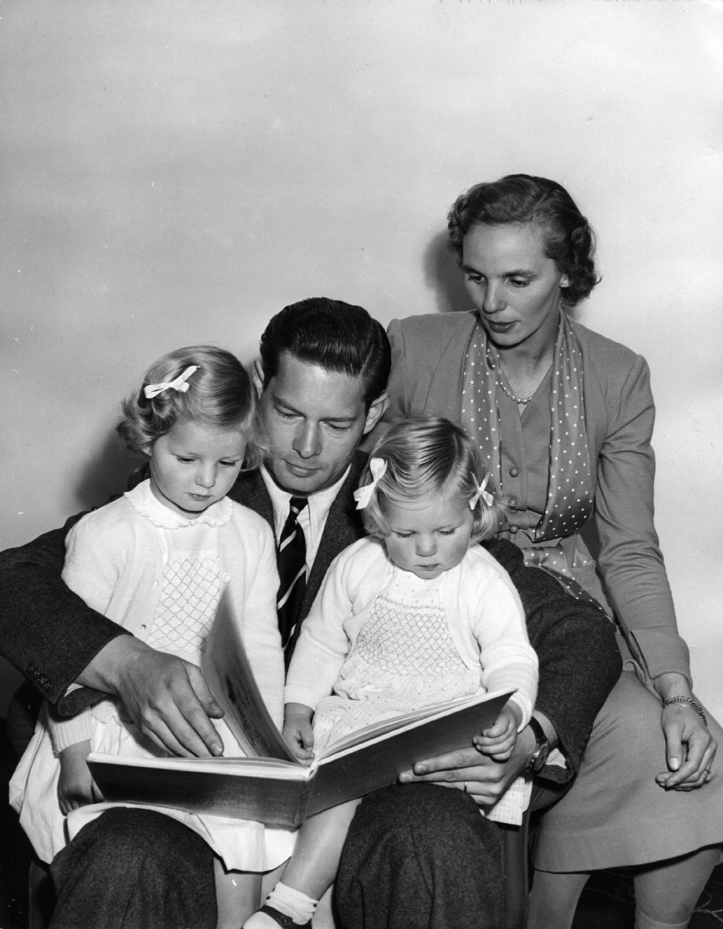 Regele Mihai in 1952