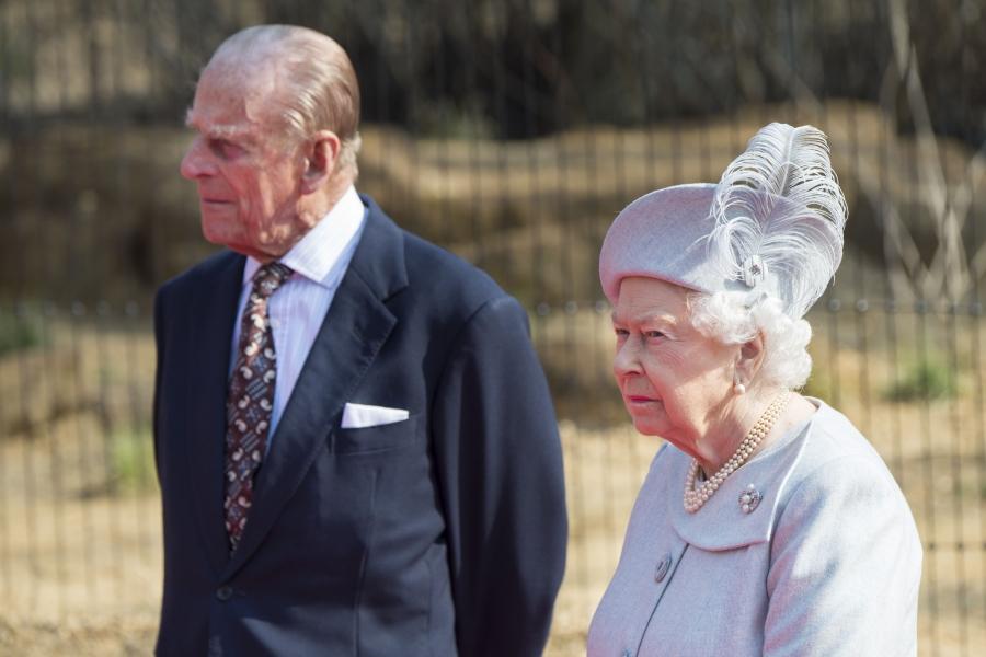 Regina Marii Britanii și Ducele de Edinburgh