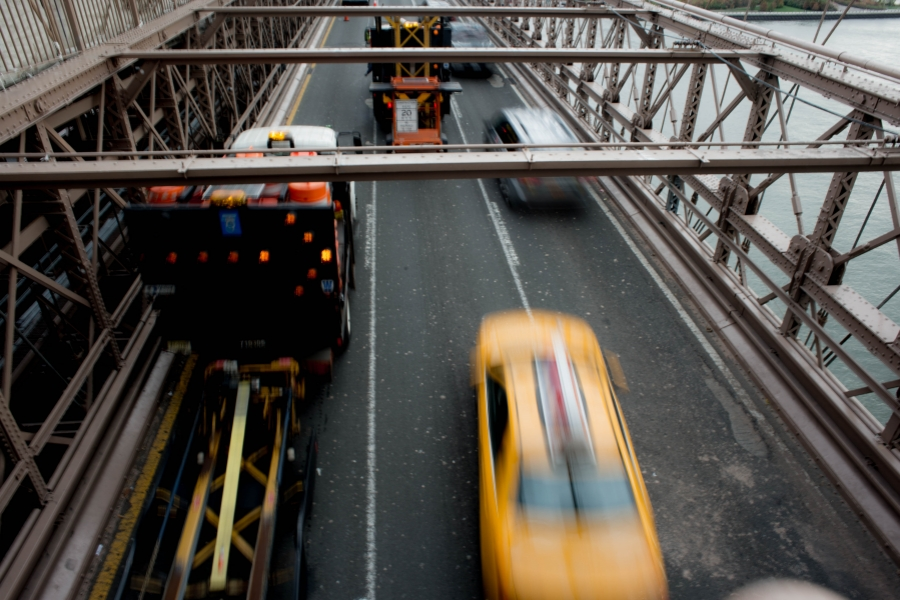 Camioane pe Podul Brooklyn