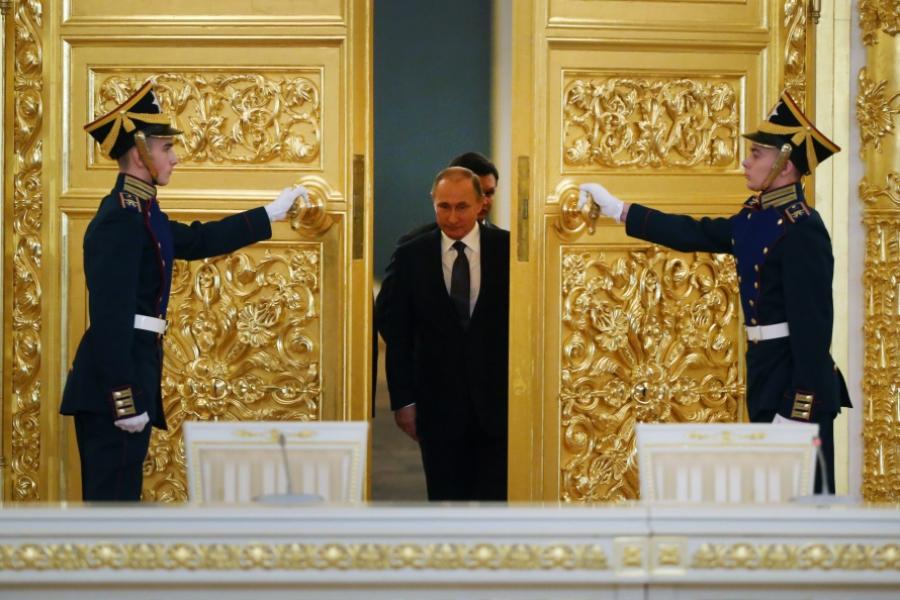 Putin la Kremlin