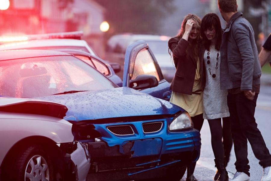 Mașină accident