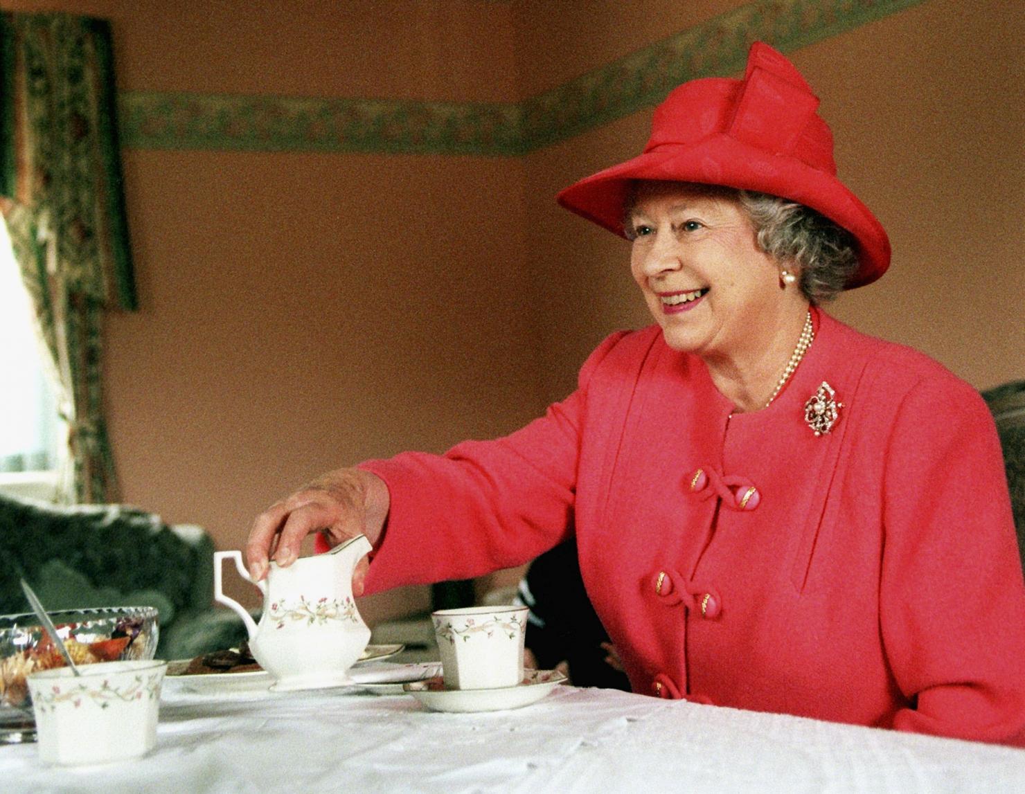 Regina Elisabeta a II-a - 1999