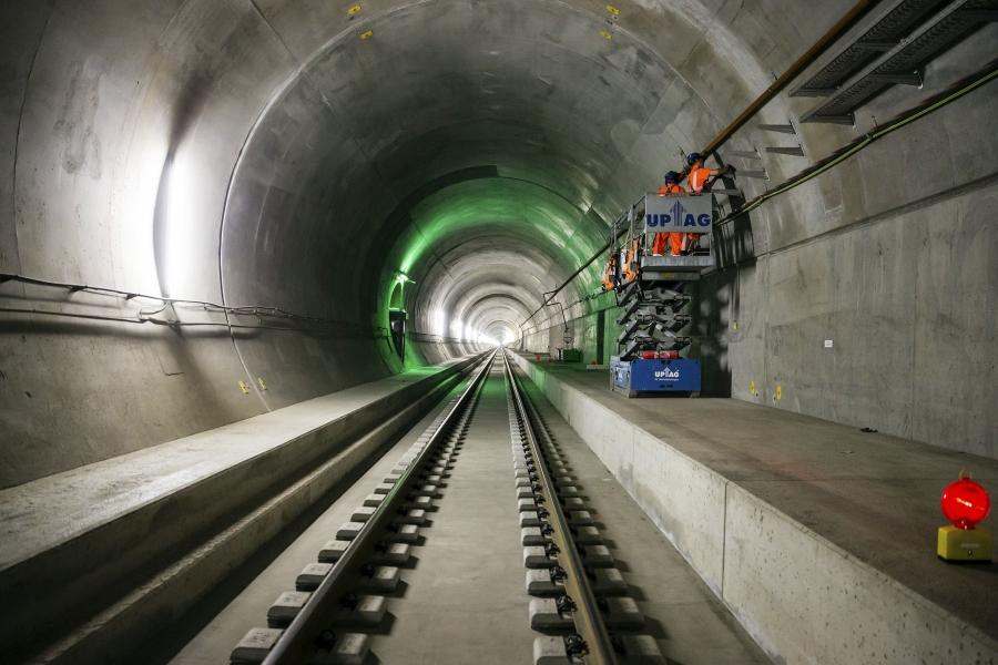 Tunelul Gotthard din Elveția