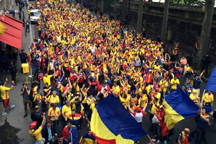 suporteri români