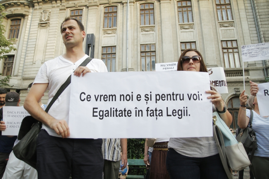 protest in Piața Universității