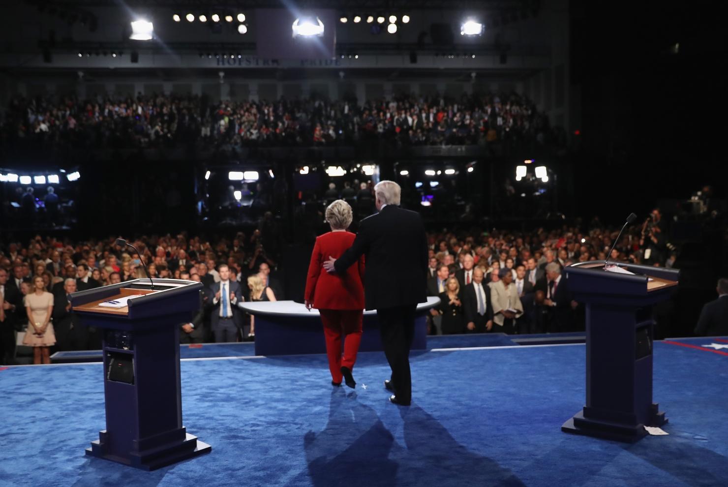 Dezbatere Clinton-Trump