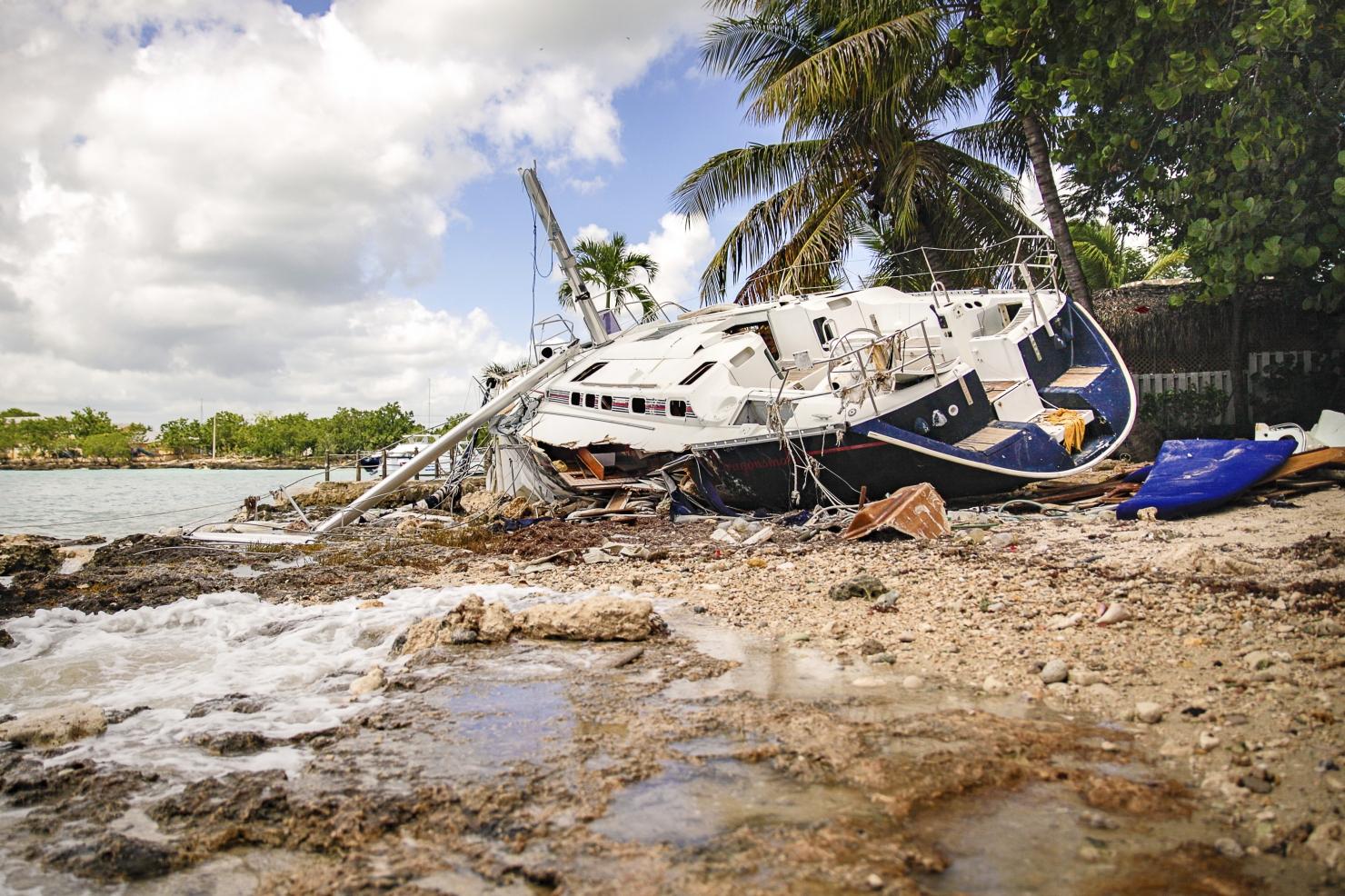Uraganul Matthew a făcut aproape 900 de victime în Haiti