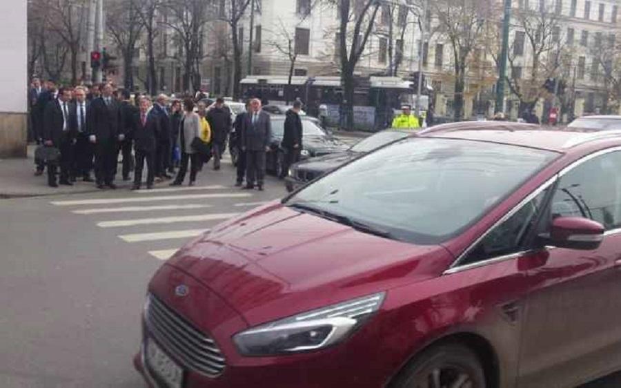 Dacian Cioloș la semafor