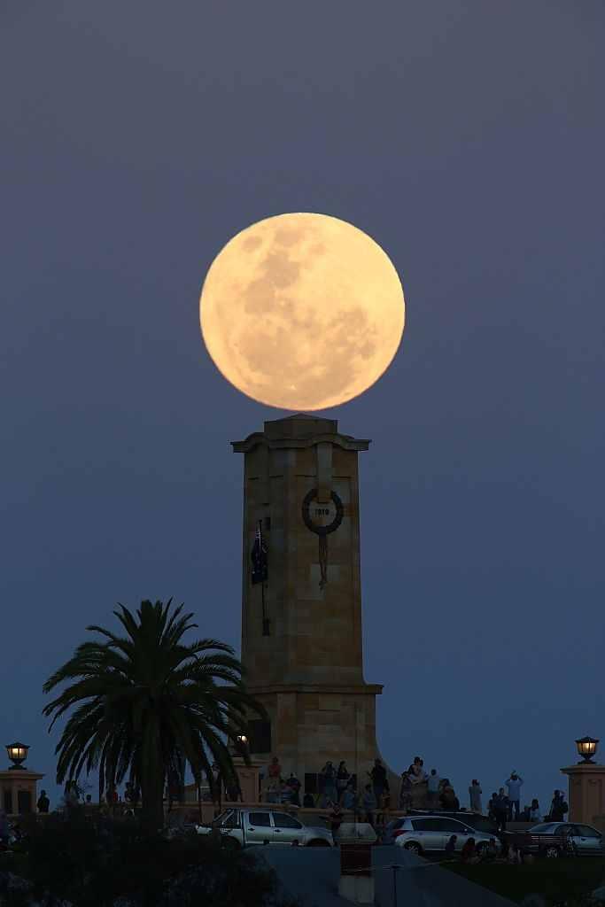 Superluna în Australia