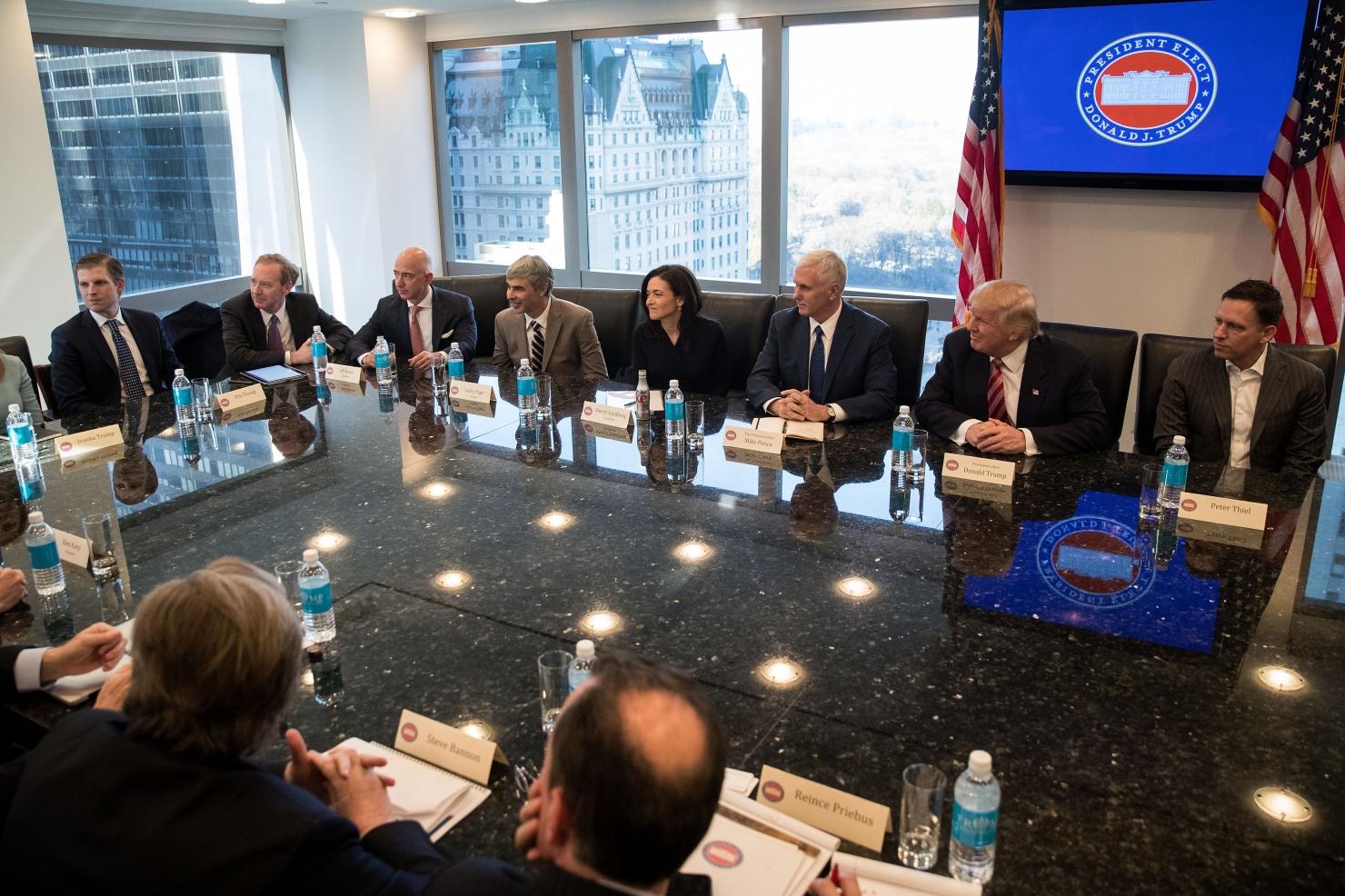 Trump și liderii high tech