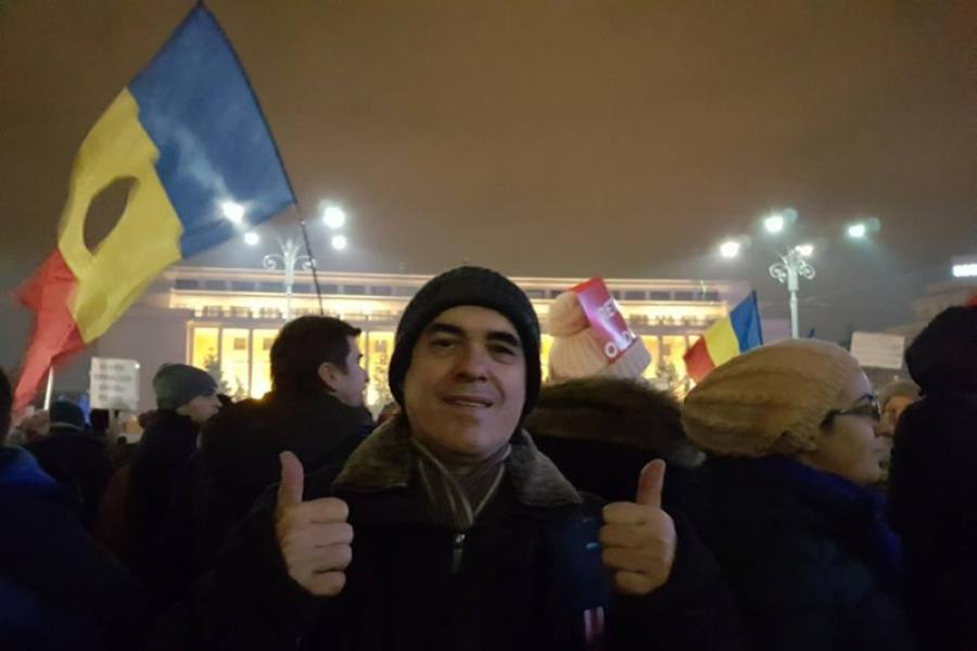 Mircea Cărtărescu la protest