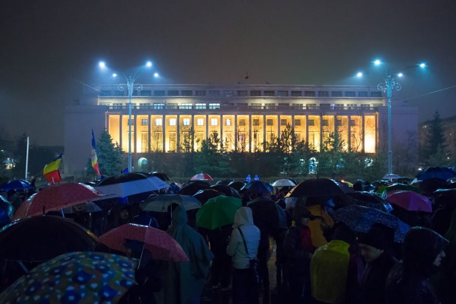Protest pe ploaie