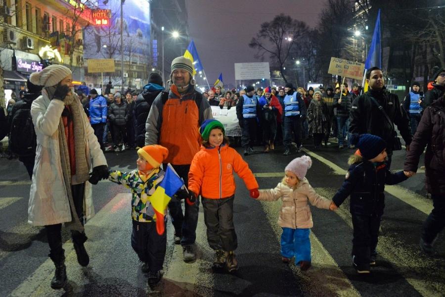 Copii la protest (Foto: Călin Sofonea)