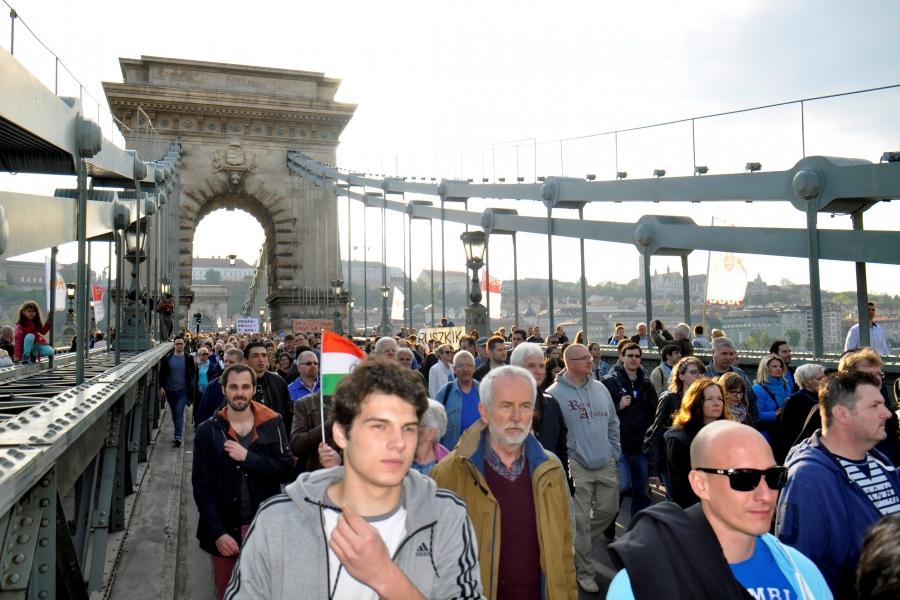 Proteste Budapesta 9 aprilie