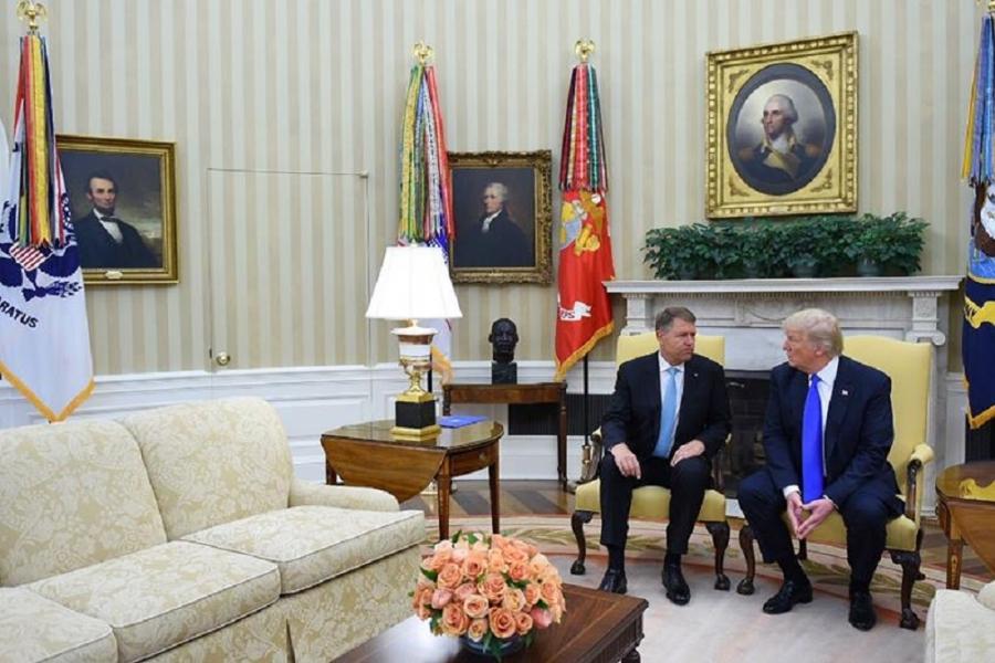 Klaus Iohannis - Donald Trump (Biroul Oval)