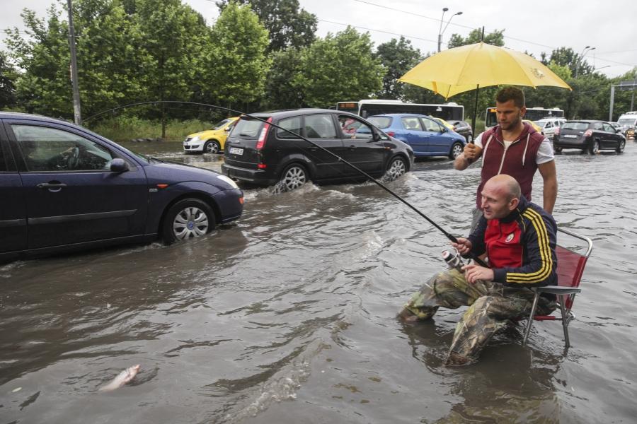 Furtuna în București