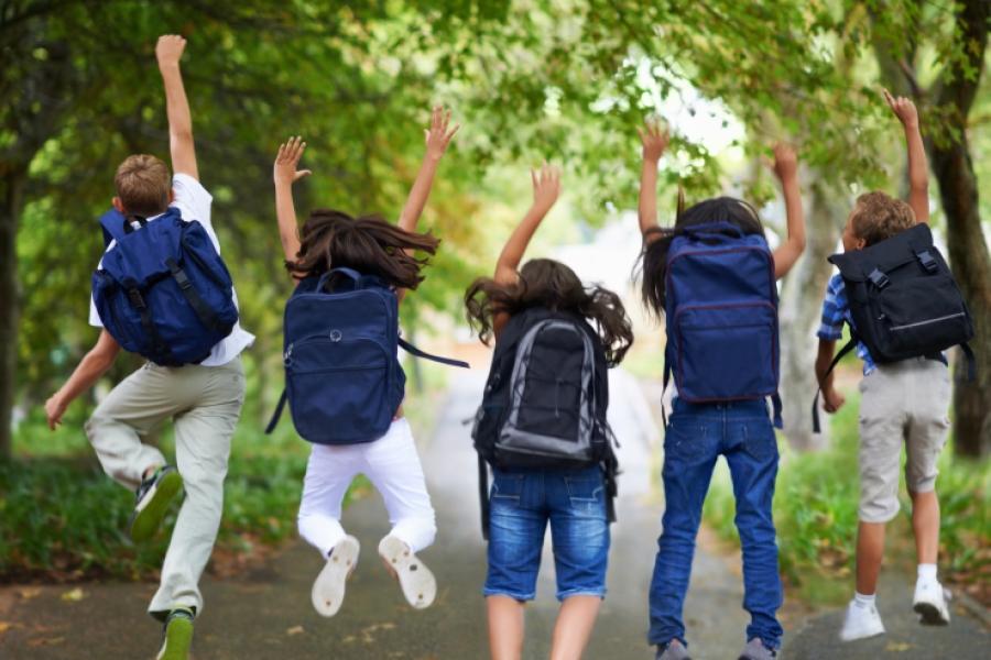 copii la scoala-