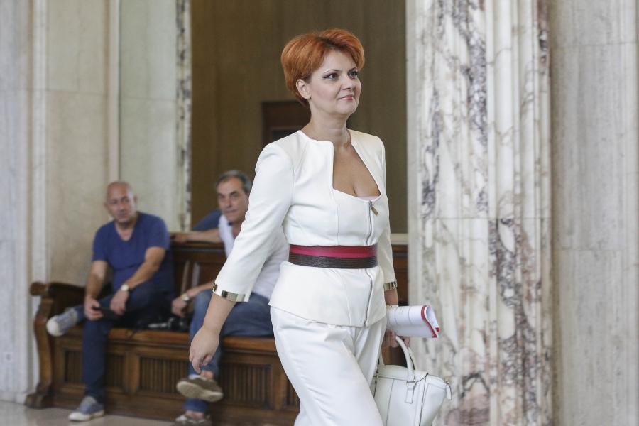 Lia Olguța Vasilescu, octombrie