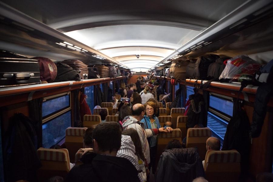 Cu trenul