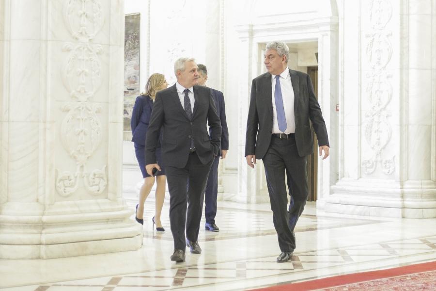 Mihai Tudose și Liviu Dragnea în Parlament