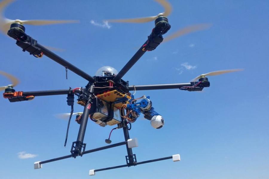 drona Fae Drones