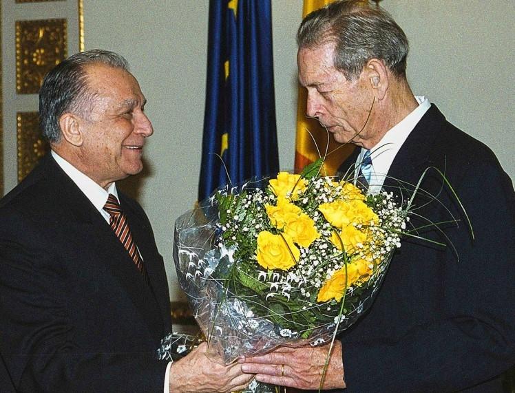 Regele Mihai si Ion Iliescu