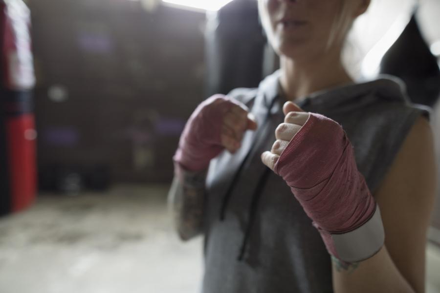 Femeie boxer