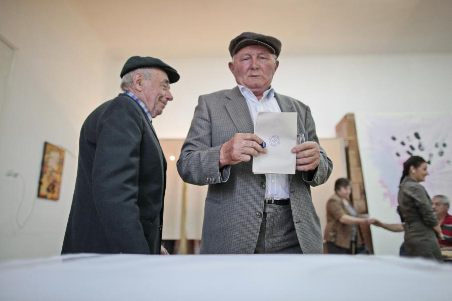 Votanți vârstnici