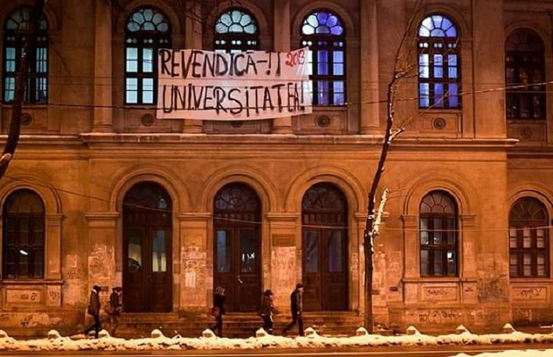Studenți protest