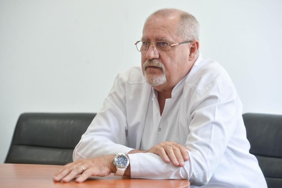 Dr. Cristian Gabriel