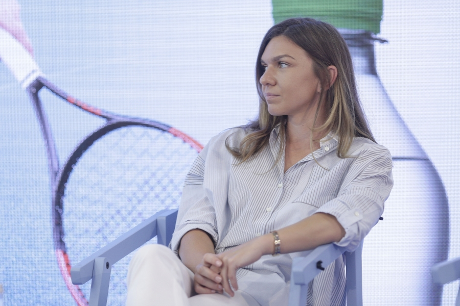 Simona Halep - World