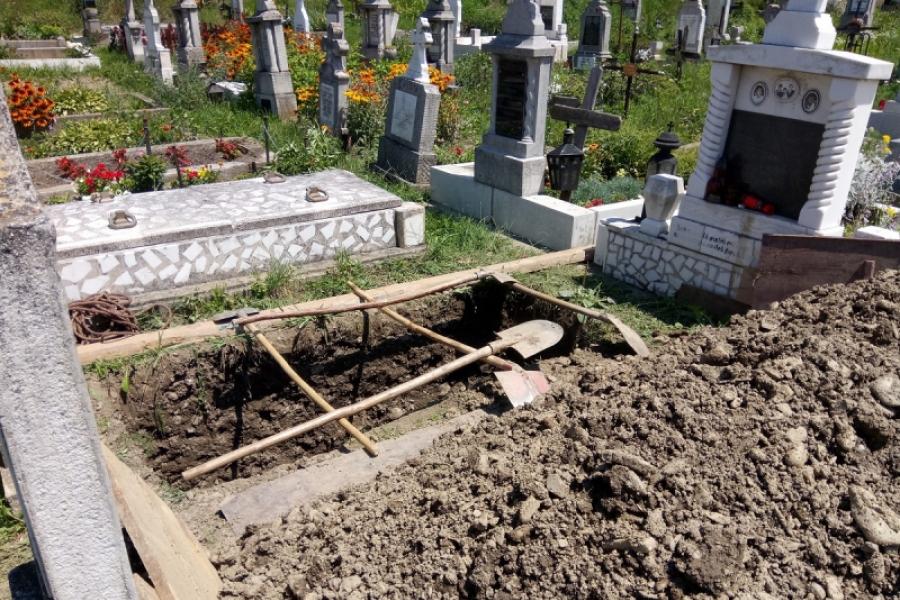 Călin Farcaș cimitir