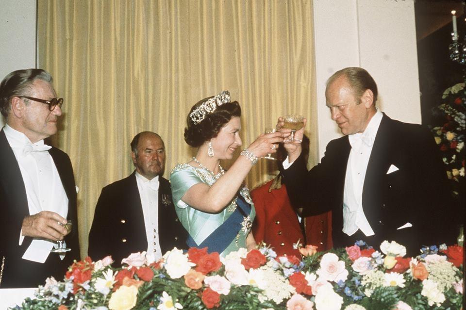 Ford și Regina