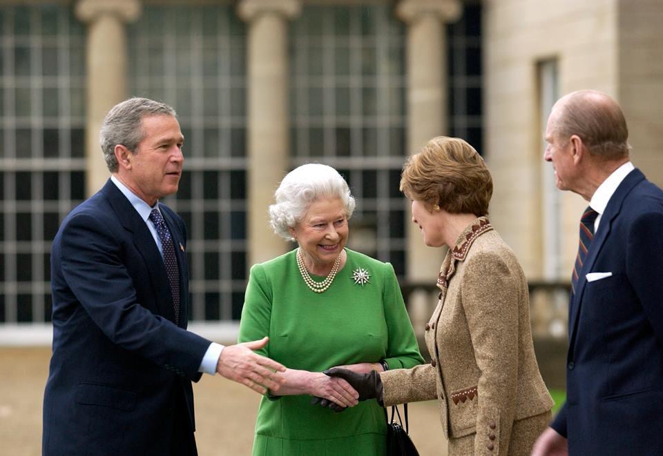 George W. Bush și Regina