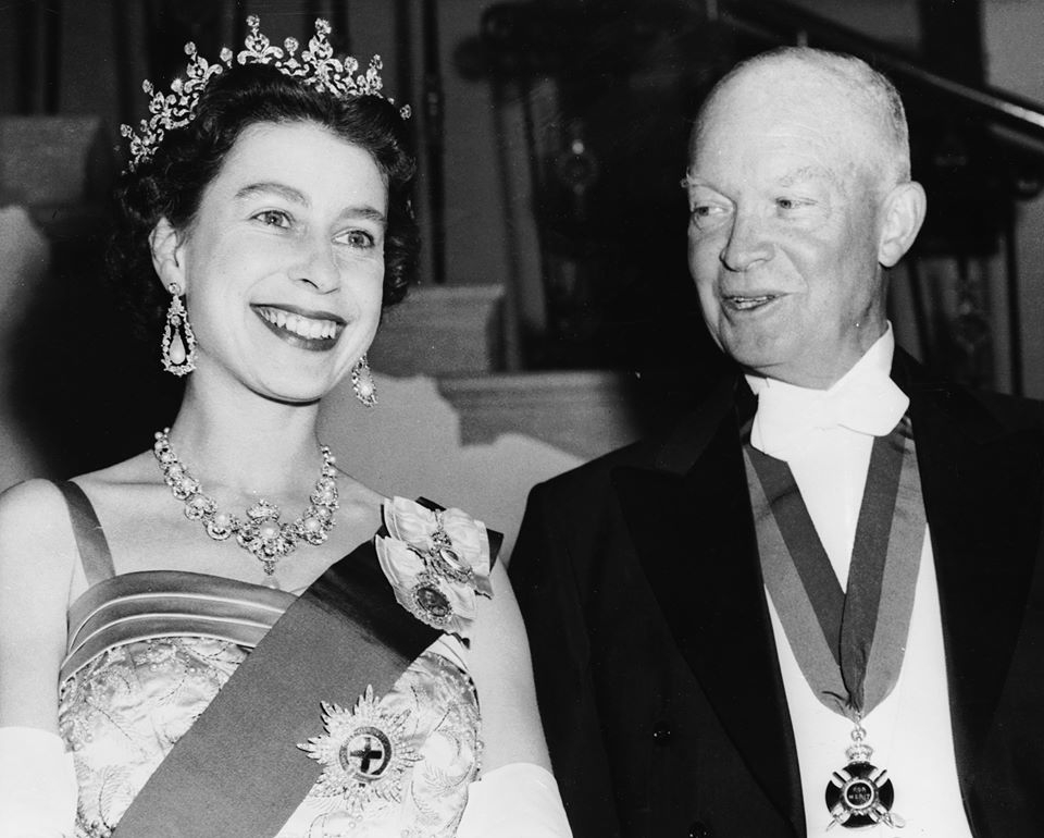 Eisenhower și Regina