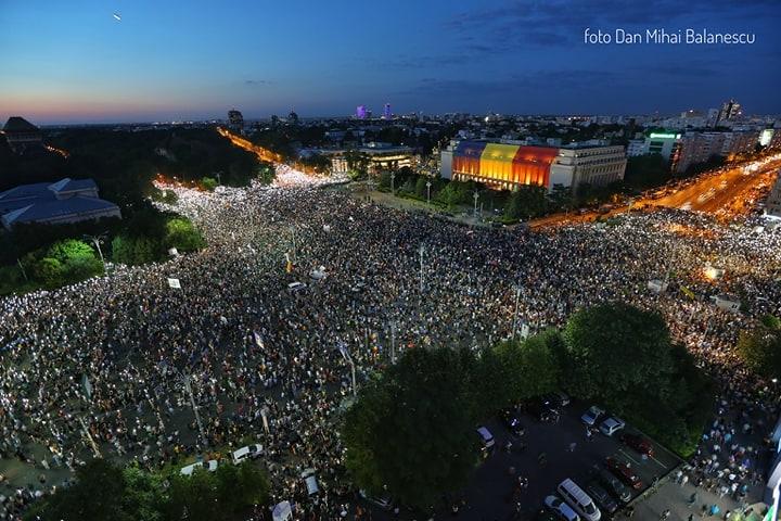 Protest - 10 august - seara - Dan Mihai Balanescu