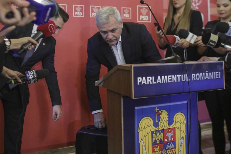 Liviu Dragnea, valiză, Parlament
