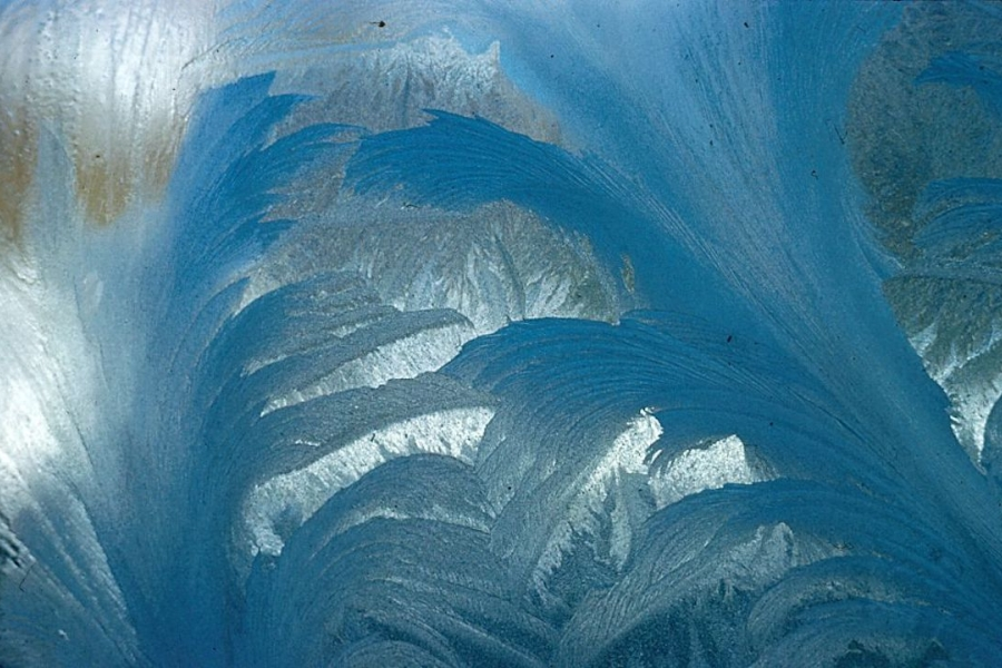 Gheață pe geam