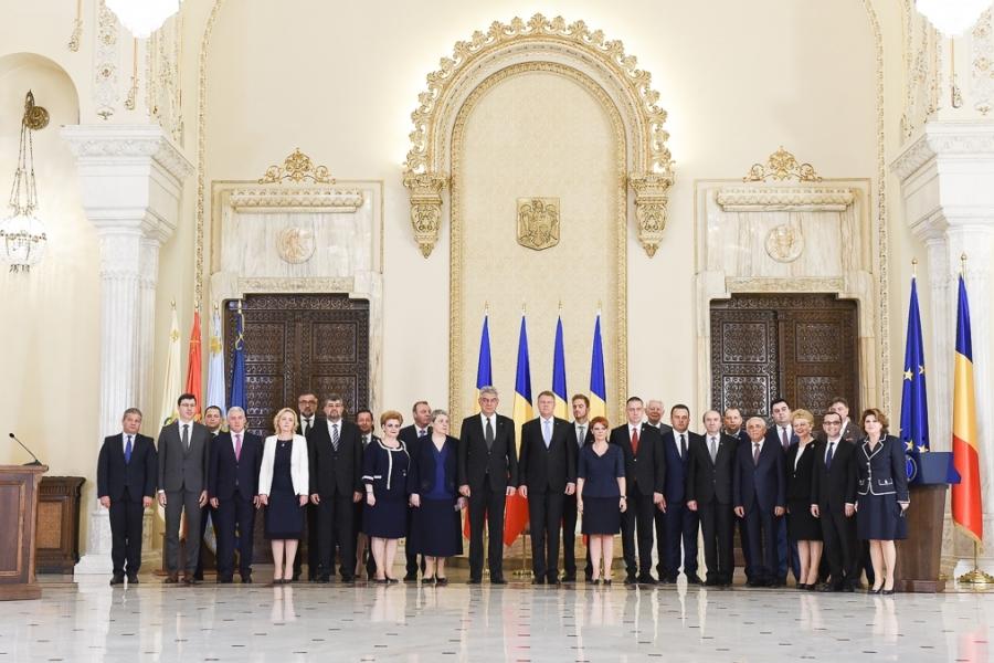 Klaus Iohannis cu membrii Guvernului Tudose