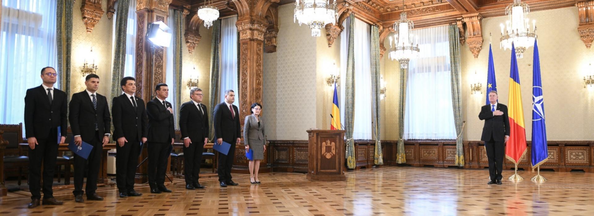 Depunere jurământ miniștri Cotroceni, 20 noiembrie