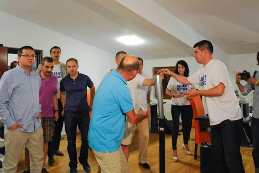 Traian Băsescu și echipa
