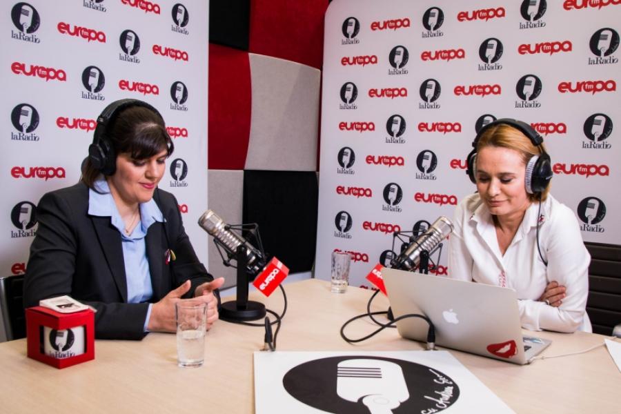 Laura Codruța Kovesi și Andreea Esca