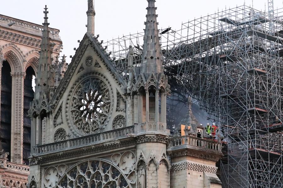 Notre Dame după incendiu