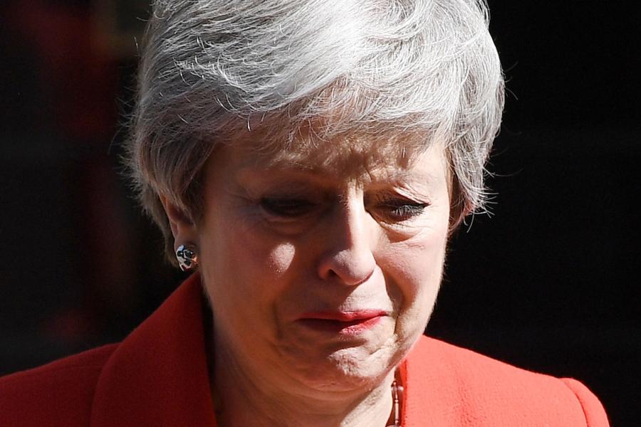 Theresa May lacrimi