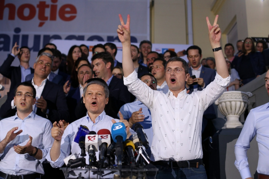 Cioloș - Barna - Inquam Photos / George Călin
