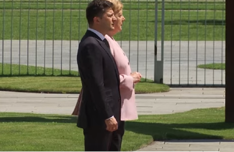 Angela Merkel criză - captura